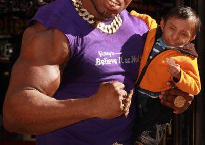 Britain's Biggest Biceps vs Worlds Smallest Man